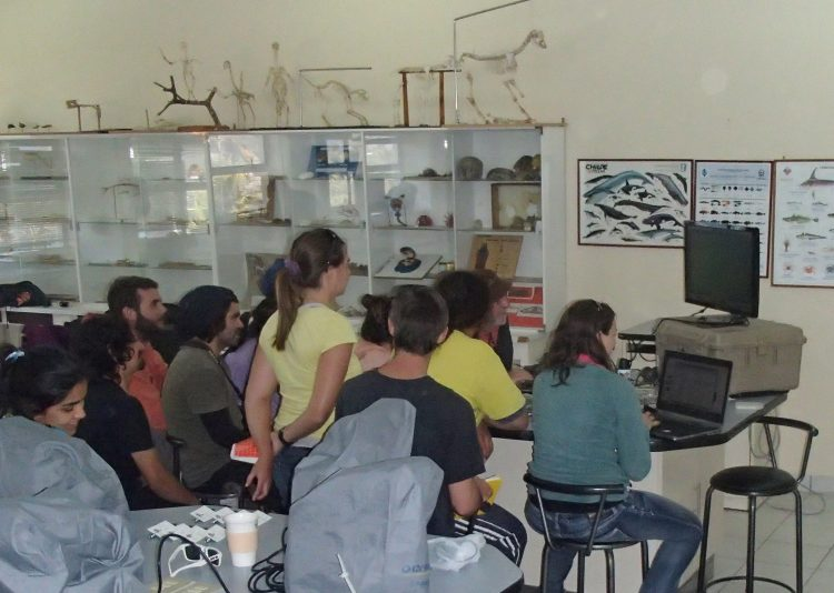 Image of students participating in an intensive course co-taught by Dr. Easton.